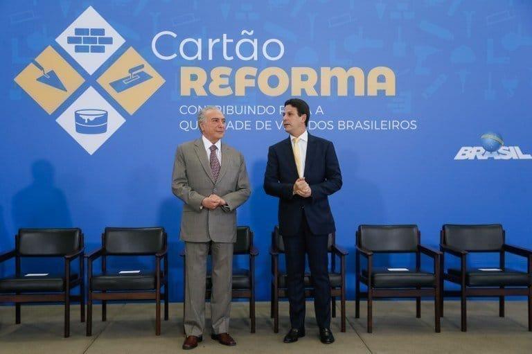 Entenda o que é o Cartão Reforma lançado pelo Governo Federal